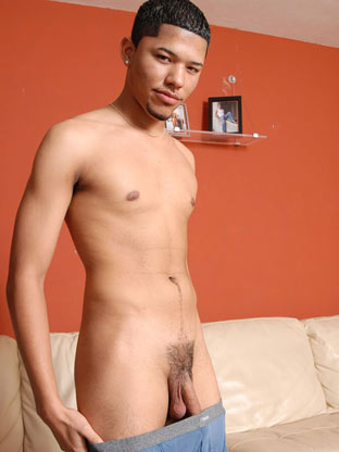 Gay First Time Sex : Johnny Cox!