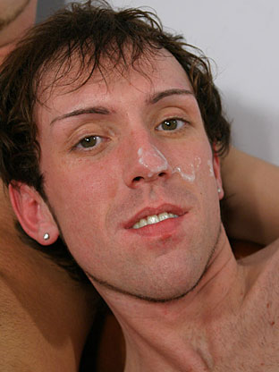 Gay Cum Facials : Luke!