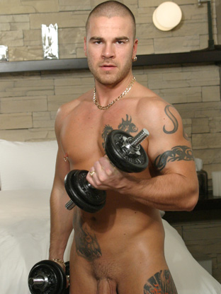 Gay Muscle Men : Dave Steele!