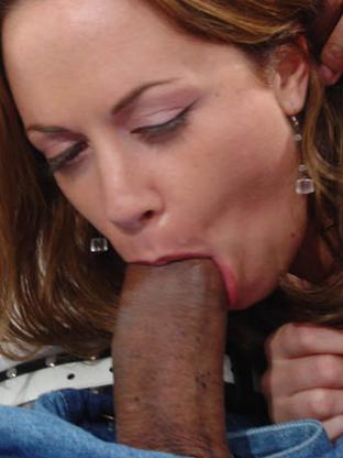Big Cock Porn : Nadia Sinn - V2!