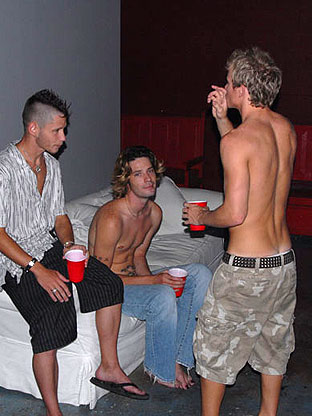 Gay Parties : Austin & Tory - Hi Def!